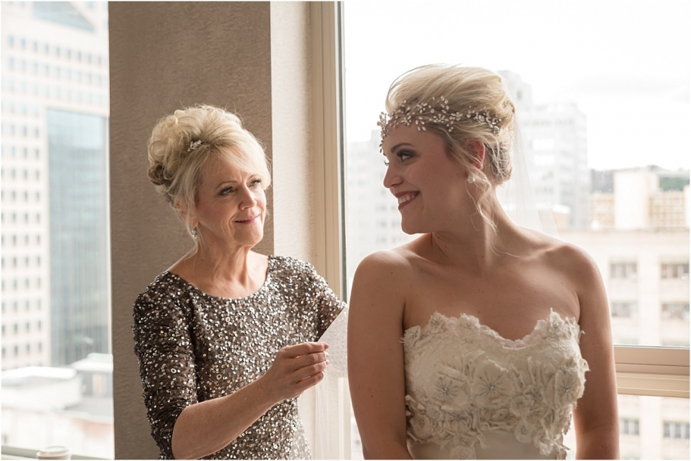 Mom and bride getting ready at the Pittsburgh Renssaince Hotel.